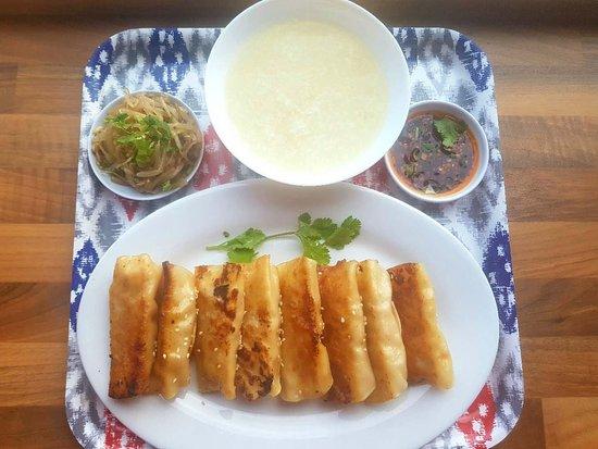 Beijing Cooking Pot: Chinese Dumplings