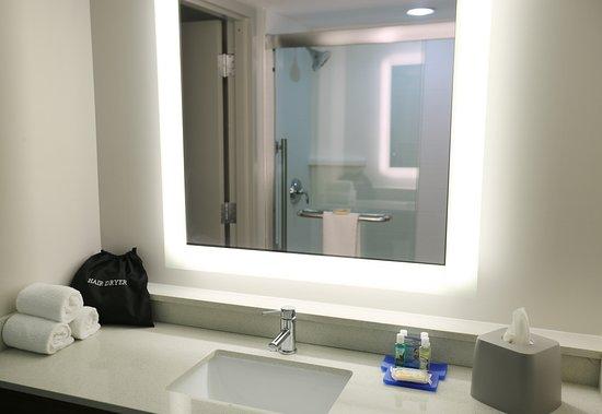 Holiday Inn Express Biloxi: Guest room amenity