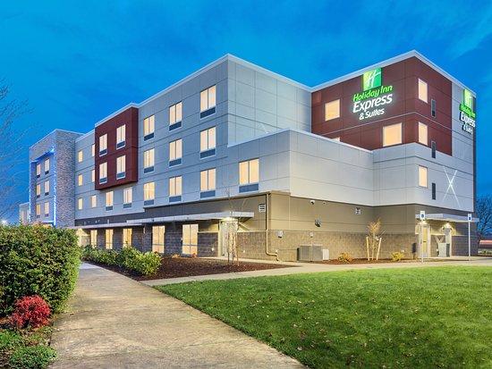 Holiday Inn Express & Suites Salem North - Keizer