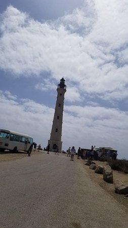 Фотография Discover Aruba Bus Tour