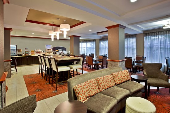 Holiday Inn Express Grand Rapids-North