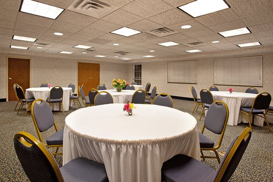 Holiday Inn Express St. Joseph: Meeting room