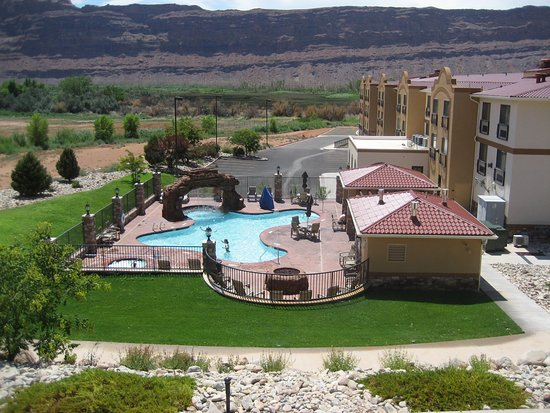 Holiday Inn Express Hotel Amp Suites Moab Updated 2019