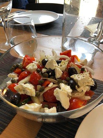 Athens Market Shopping & Cooking Class: fresh Greek salad