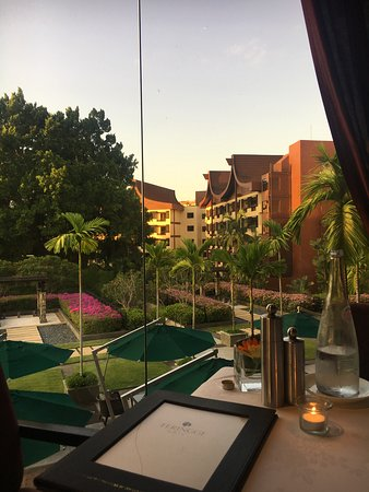 Feringgi Grill: View from table