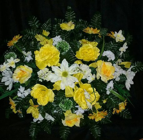 Chris's Flowers and Creations: Silk Saddle for headstone