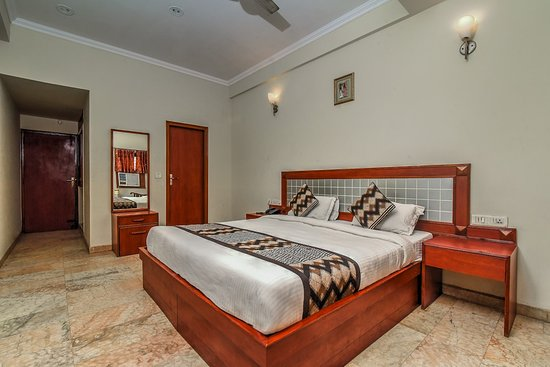 Hotel Ashish Palace, Hotels in Agra