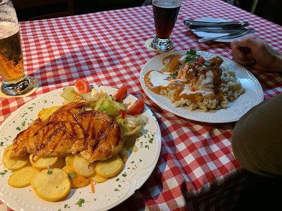 Lanchid Brasserie: Курица на гриле с картофелем и салатом
