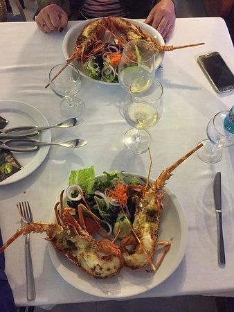 Langoustes Cuites A Point Sur La Plancha Picture Of Restaurant