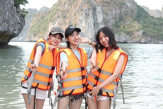 Ethnic Voyage - Day Cruise: Indochina Junks
