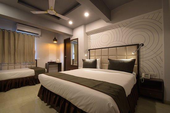 Room - Picture of Fabhotel Maan Residency Satellite Road, Ahmedabad