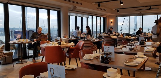 The 6th floor restaurant - where breakfast and dinner is served.
