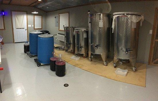 Rockfield, KY: Inside the winery.