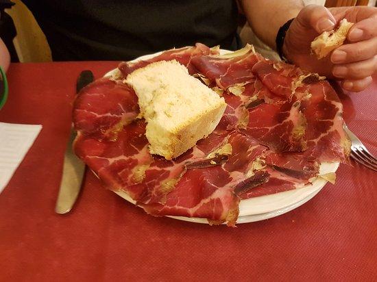 Pension Casa Galin: Jerk starter in the restaurant. Superb
