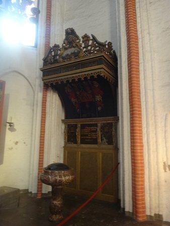 Hauptkirche St. Jacobi, внутреннее убранство