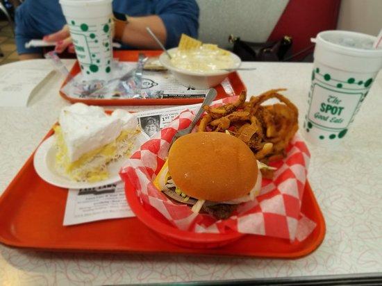 Sidney, OH: Spot Restaurant