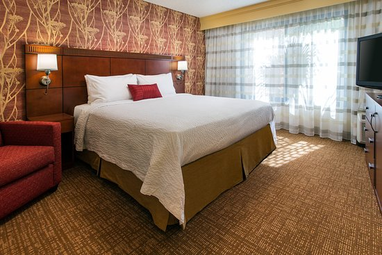 COURTYARD BY MARRIOTT COSTA MESA SOUTH COAST METRO $109