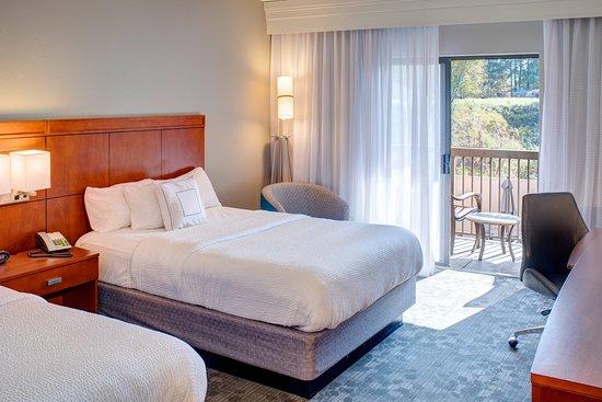 Courtyard Columbia Northeast / I-77: Guest room