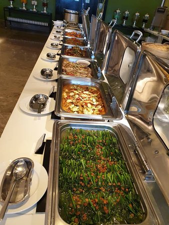 A great Buffet Dinner in the 11th Floor
