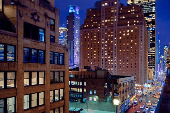 TownePlace Suites New York Manhattan / Times Square: Exterior