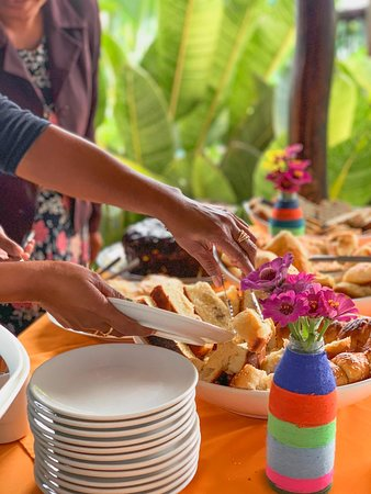 Aileu District, Timor Est: We can offer breakfast for small groups. The whole bakery and pastry part is made by us! All done manually and filled with a lot of affection!