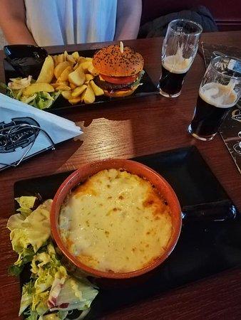 Beef pie + burger + Guinness pint = Love!