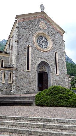 Chiesa di S. Salvatore e S. Teresa di Gesù Bambino