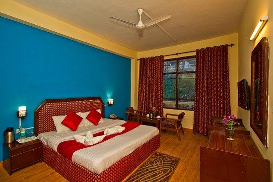 Window View - Picture of OYO 1428 Hotel Sitara International, Manali - Tripadvisor