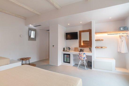 Paros Comfy Suites