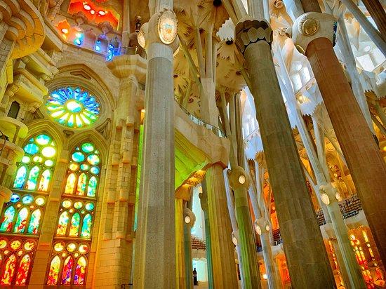 Privat hbt-communityturné i Barcelona: Inside Sagrada Familia :)