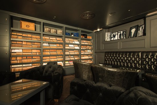 Turmeaus Tobacconist
