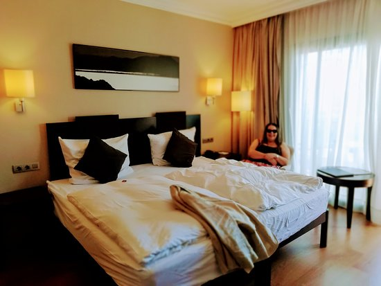 Maritim Hotel Galatzo Photo