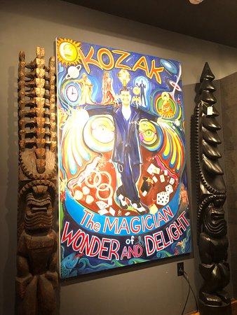 Hawaiian Gardens, كاليفورنيا: Kozak the Magician!