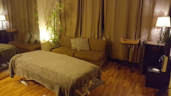 La Mesa, CA: Large Massage Room