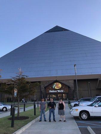 B Pro S At The Pyramid
