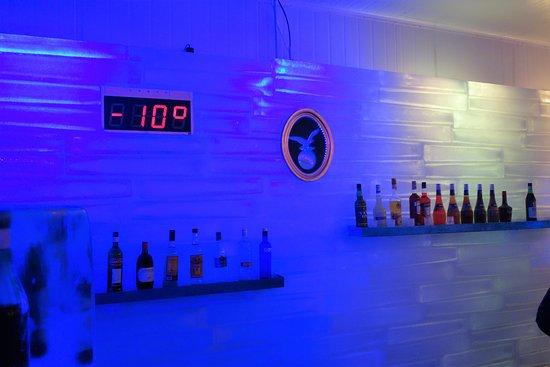 Polar Bar