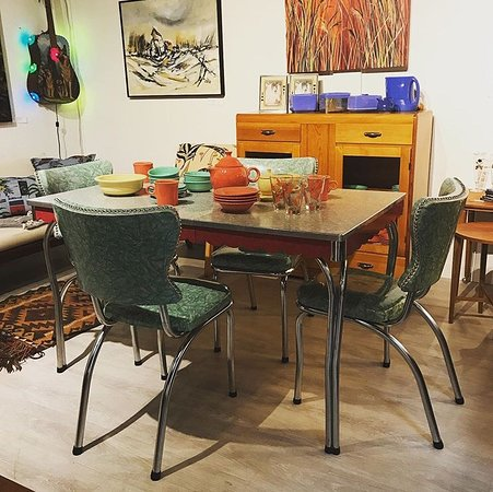 4th Meridian Auctions and Vintage Shop