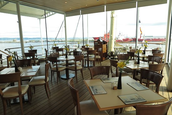 The Royal Yacht Britannia Admission Ticket: Royal Deck Tearoom