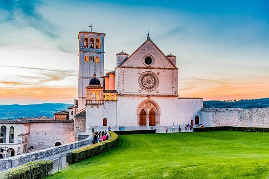 Tagesausflug von Rom nach Assisi und...