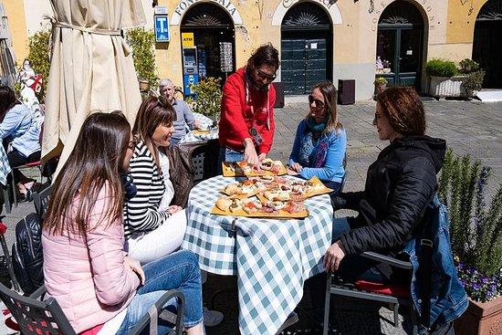 Tour de Flavours of Lucca en grupo...