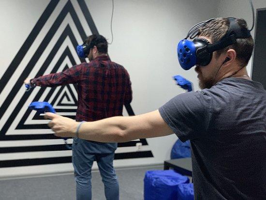 VR Club VRATA