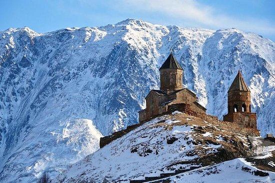Gudauri y Kazbegi Tour (Camino...