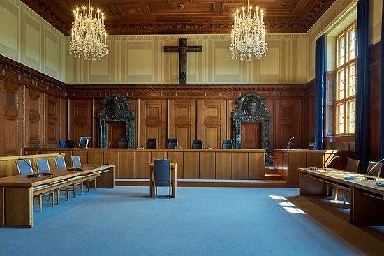 Nuremberg WWII, Courtroom 600 y...