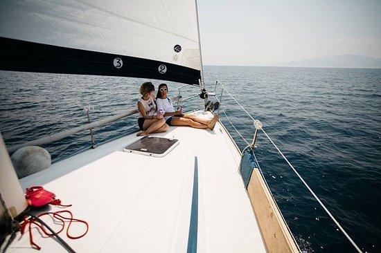 Smile Sailing