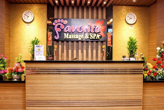 ‪Favorite Massage & Spa‬