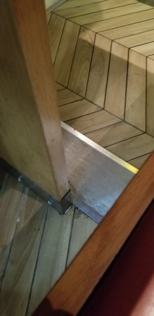 wagamama: Sharp, ridiculously placed table support on which I severely bashed my knee.
