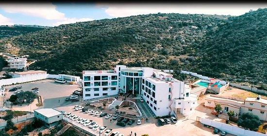 Al Bayda, Libya: فندق التلال الوسيطة