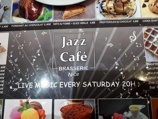 Brasserie Jazz Cafe Pizzeria: Even the placemates inside and markies outside said jazz café, but for long time no jazz café at all. Stop selling services you don't do.