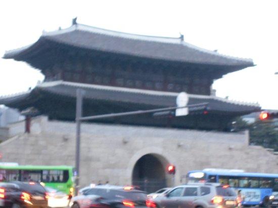 大きな門です