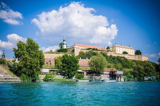 ベオグラードから:Novi SadとSremski Karlovciツアー